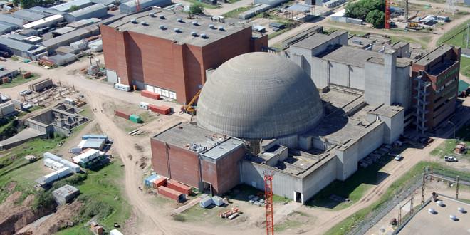 Estudian instalar una central nuclear en Bahía Blanca