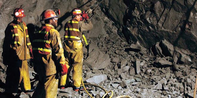 Advierten que la creación de empleo minero está estancada