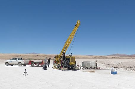 Una firma canadiense ingresó al proyecto de litio Caucharí