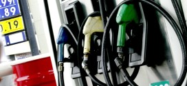 Debido a un conflicto salarial, estacioneros traban la provisión de combustibles en Córdoba