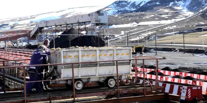 Río Turbio comenzó la entrega de carbón en zona norte de Santa Cruz