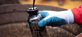 Pese a la importante baja de reservas de Estados Unidos, el precio del petróleo no sube
