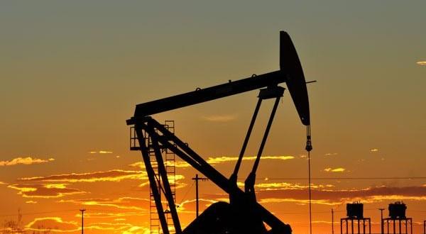Arranca el tire y afloje de los salarios petroleros