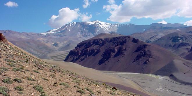 Barrick y Goldcorp cierran acuerdo por Cerro Casale en Chile