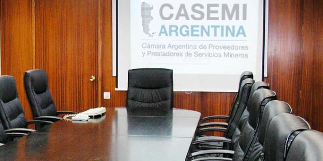 Las dos Casemi, entre foros mineros