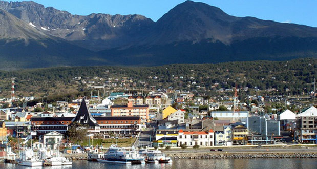 Modificaron una ley para fiscalizar regalías y tributos que deben pagar las petroleras en Tierra del Fuego