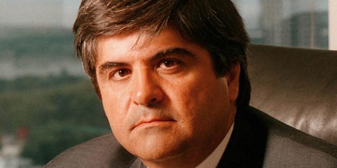 El presidente de YPF admitió que la producción petrolera tocó fondo, pero anticipa un alza para 2018