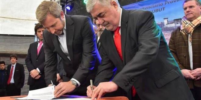 Firman convenios por 277 millones de pesos para obras de infraestructura en Comodoro Rivadavia