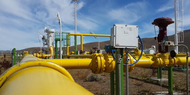 El Ministerio de Energía firmó contratos de provisión de cañerías para la ampliación de gasoductos