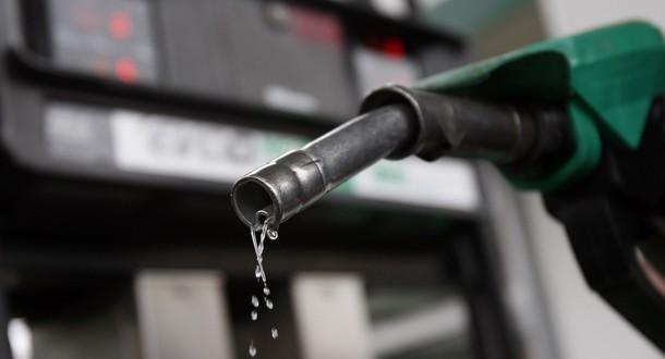 Estacioneros piden no incrementar los precios de los combustibles hasta los primeros meses de 2018