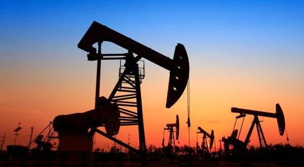 Cámaras de proveedores petroleros buscan dejar sin efecto desgravación para importar bienes usados