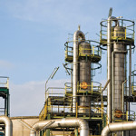 El petróleo y los metales, los sectores que más aprovechan su capacidad instalada