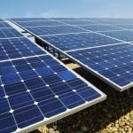 Veladero instala paneles solares en Jáchal e Iglesia