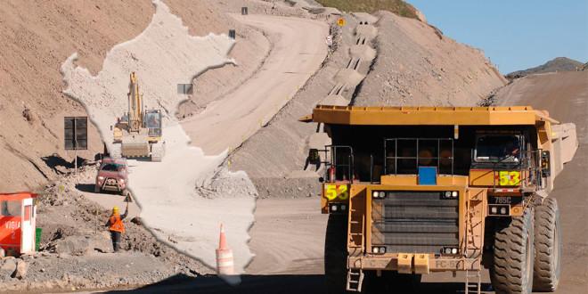 Proyectos mineros paralizados en Perú causan pérdidas de US$67 mil millones