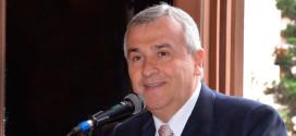 Morales viaja a Abu Dhabi en busca de inversiones